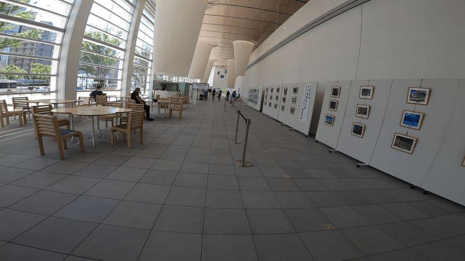 大分県立美術館の画像